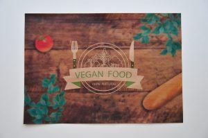 podkladki vegan do restauracji na papierze z recyklingu Podkładki śniadaniowe z logo firmy