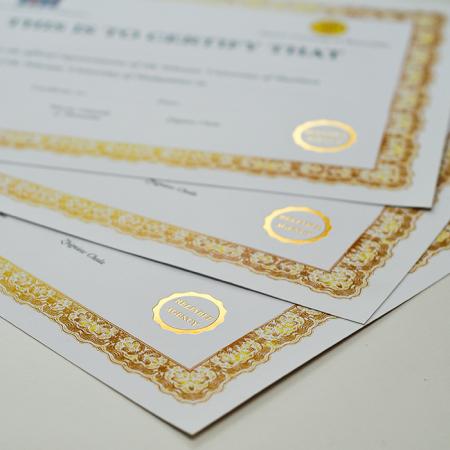 hot stamping druk złotym kolorem